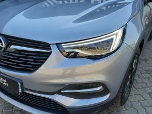 Opel Grandland X 1.6 Turbo Cosmo - Image 15