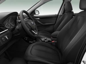 BMW X1 xDrive20i auto - Image 4