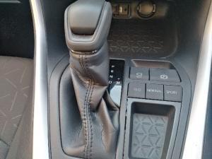 Toyota RAV4 2.0 GX auto - Image 15