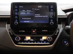 Toyota Corolla 2.0 XR - Image 12