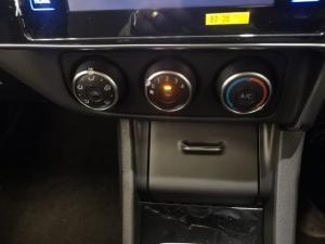 Toyota Corolla Quest 1.8 Prestige - Image 12