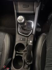 Toyota Corolla Quest 1.8 Prestige - Image 13