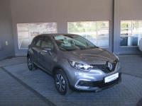 Renault Captur 900T Blaze 5-Door