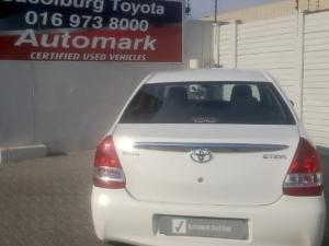 Toyota Etios sedan 1.5 Xs - Image 5