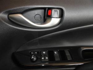 Toyota Yaris 1.5 Xs auto - Image 15