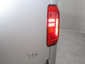 Volkswagen CADDY4 Maxi Crewbus 2.0 TDi - Image 6
