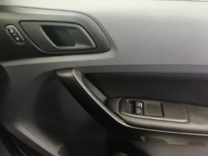 Ford Ranger 2.2TDCi XLS/C - Image 11