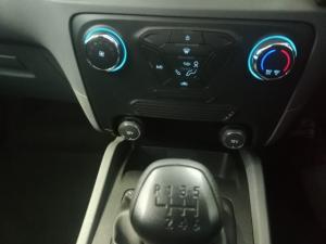 Ford Ranger 2.2TDCi XLS/C - Image 6