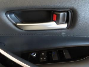 Toyota Corolla 2.0 XR CVT - Image 5