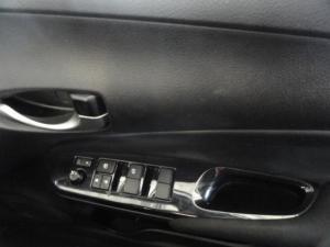 Toyota Yaris 1.5 Xs - Image 7
