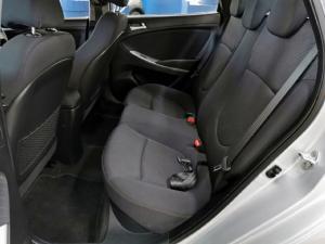 Hyundai Accent 1.6 GLS auto - Image 4