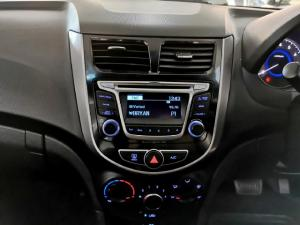 Hyundai Accent 1.6 GLS auto - Image 8
