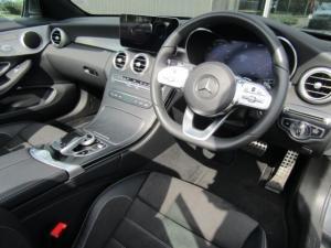 Mercedes-Benz C200 Cabrio automatic - Image 11
