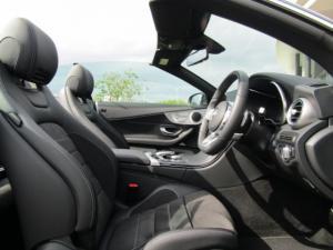 Mercedes-Benz C200 Cabrio automatic - Image 14