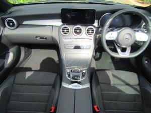 Mercedes-Benz C200 Cabrio automatic - Image 4