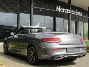 Mercedes-Benz C200 Cabrio automatic - Image 9