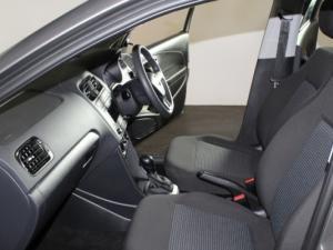 Volkswagen Polo Vivo 1.6 Comfortline TIP - Image 15