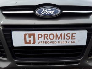 Ford Focus sedan 1.6 Trend - Image 3