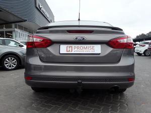 Ford Focus sedan 1.6 Trend - Image 7