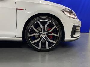 Volkswagen Golf GTI - Image 5