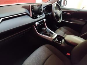 Toyota RAV4 2.0 GX auto - Image 7