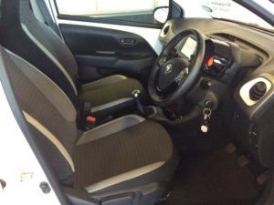 Toyota Aygo 1.0X-CLUSIV - Image 4