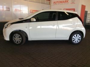 Toyota Aygo 1.0X-CLUSIV - Image 5