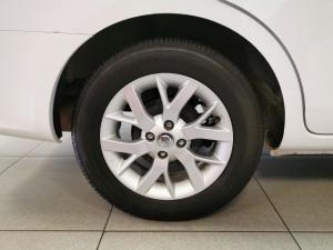 Nissan Almera 1.5 Acenta auto - Image 11