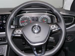 Volkswagen Polo hatch 1.0TSI Highline auto - Image 15