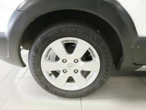Nissan Livina X-Gear 1.6 Acenta+ - Image 11