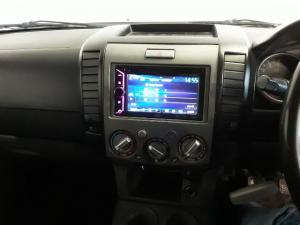 Mazda BT-50 3000D double cab SLE automatic - Image 13