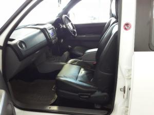 Mazda BT-50 3000D double cab SLE automatic - Image 16