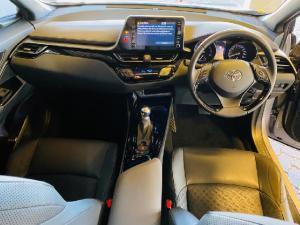 Toyota C-HR 1.2T Luxury - Image 17