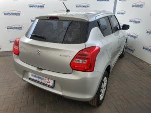 Suzuki Swift hatch 1.2 GL - Image 14