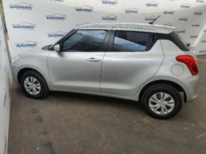 Suzuki Swift hatch 1.2 GL - Image 16