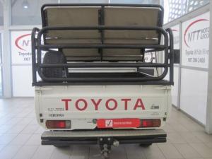 Toyota Land Cruiser 4.5 PetrolS/C - Image 9