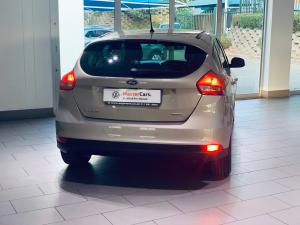 Ford Focus hatch 1.0T Trend - Image 11
