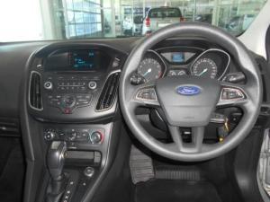 Ford Focus sedan 1.0T Ambiente auto - Image 10