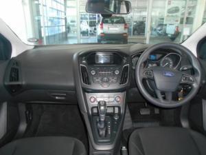 Ford Focus sedan 1.0T Ambiente auto - Image 8