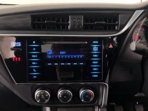 Toyota Corolla 1.6 Esteem - Image 13