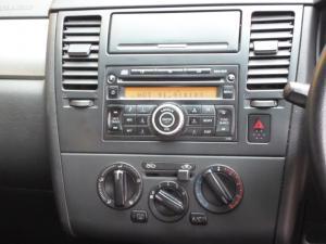 Nissan Tiida hatch 1.6 Visia+ - Image 9