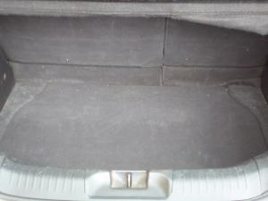 Nissan Tiida hatch 1.6 Visia+ - Image 10