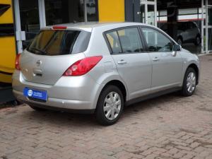 Nissan Tiida hatch 1.6 Visia+ - Image 3