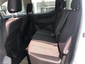 Isuzu D-Max 250 double cab 4x4 Hi-Ride - Image 10