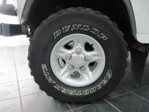 Land Rover Defender 110 2.5 Tdi CSW - Image 6