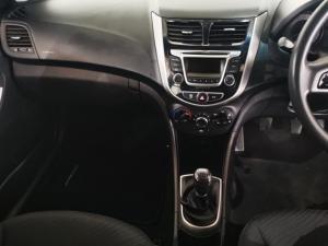 Hyundai Accent 1.6 GLS - Image 10