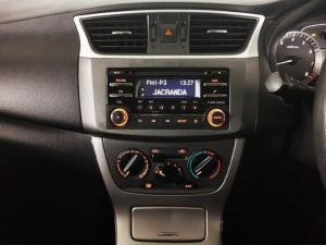 Nissan Sentra 1.6 Acenta - Image 11