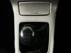 Nissan Sentra 1.6 Acenta - Image 12