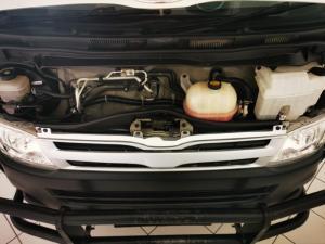Toyota Quantum 2.7 panel van - Image 13