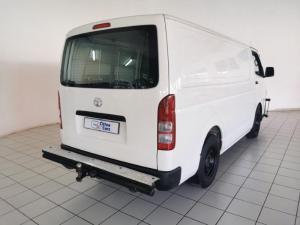 Toyota Quantum 2.7 panel van - Image 6